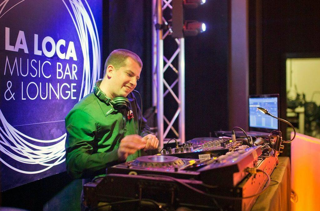 DJ Fica